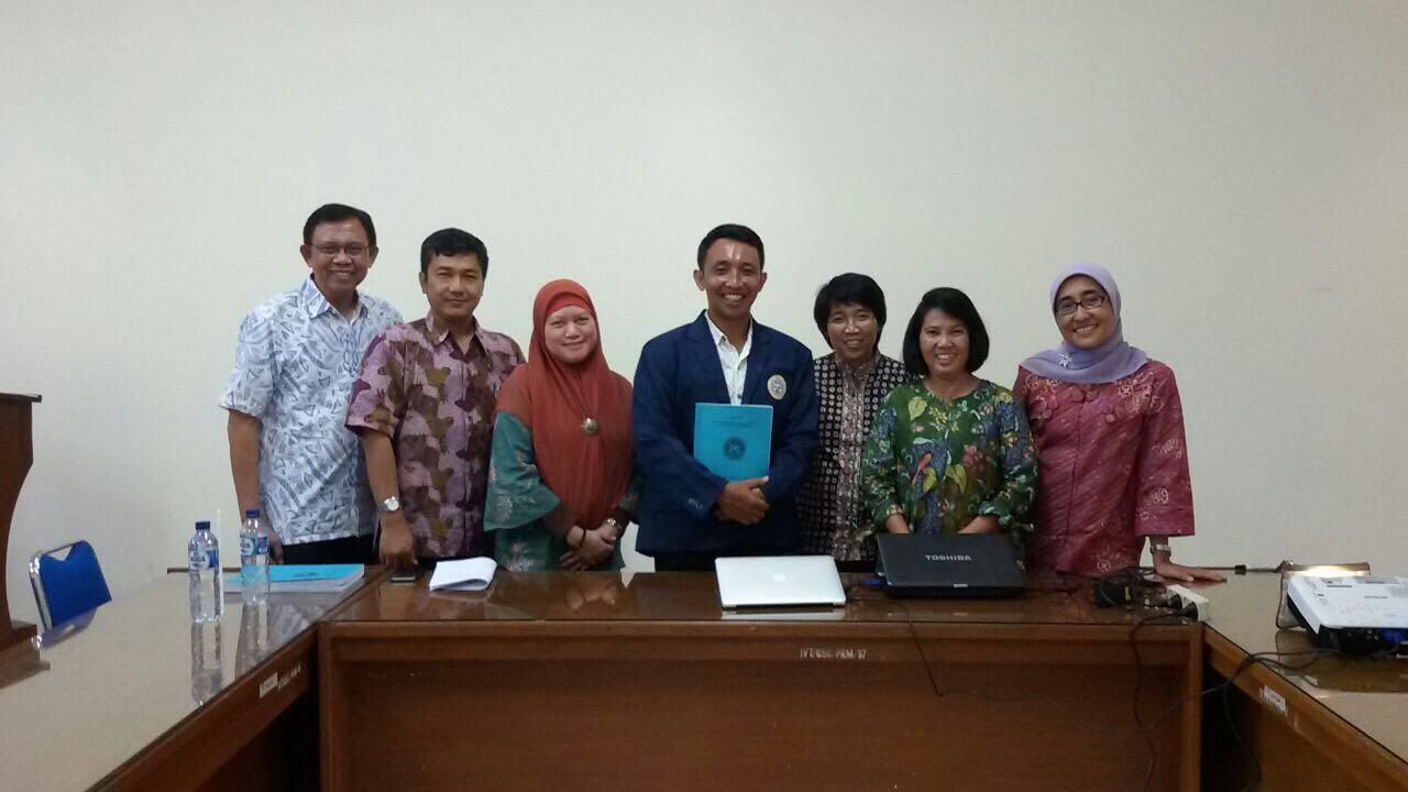 Kepala Program Studi S3 IKM UNS menjadi penguji Kualifikasi Doktor IKM di FKM UNAIR