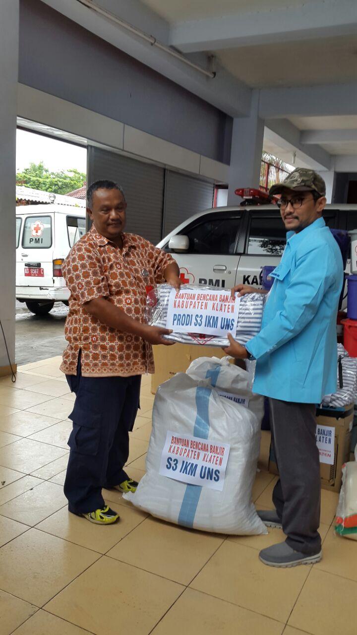 Program studi S3 IKM mengirimkan bantuan korban banjir di Kabupaten Klaten
