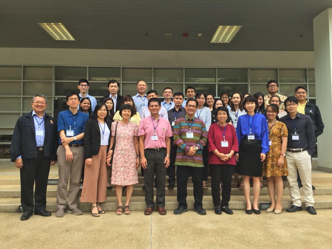 Kepala Program Studi S3 IKM UNS menjadi pembicara Workshop of Implementation Research Proposal Development, Thailand