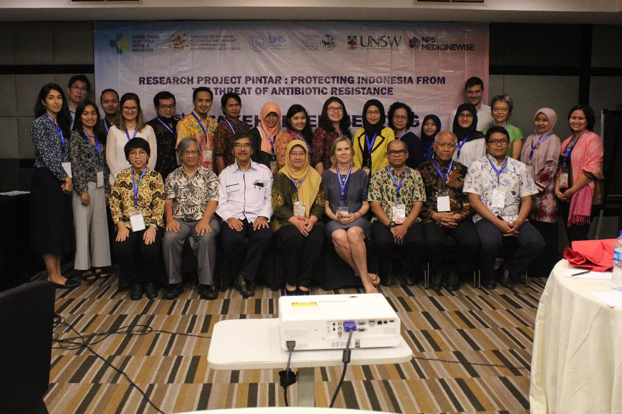 S3 IKM UNS ikut dalam Projek Penelitian Protecting Indonesia from the Threat of Antibiotic Resistance (PINTAR).