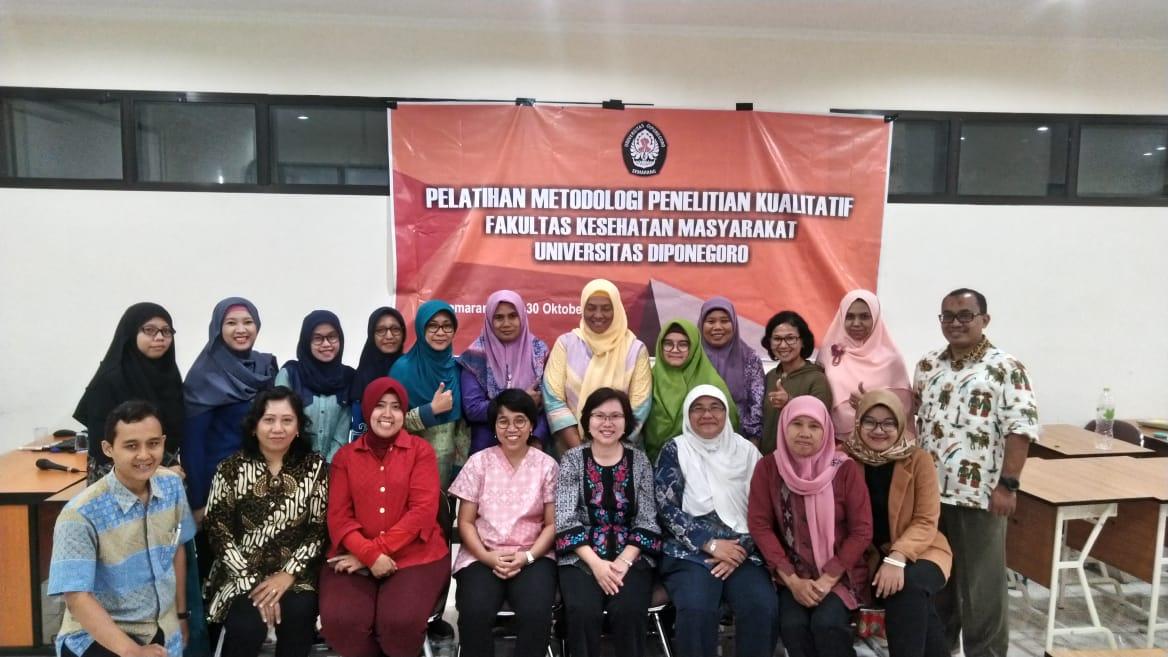 Kepala Program Studi S3 IKM UNS menjadi narasumber Pelatihan Metode Penelitian Kualitatif di Fakultas Kesehatan Masyarakat UNDIP