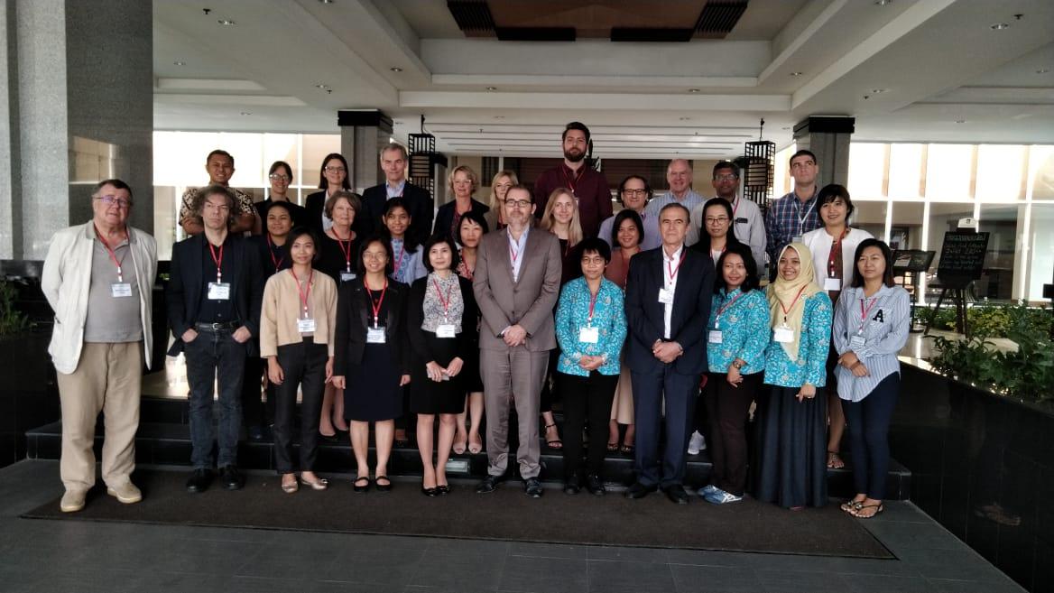 Dosen S3 Kesehatan Masyarakat UNS mendapatkan hibah penelitian Scaling Up Non Communicable Diseases Intervention in South East Asia