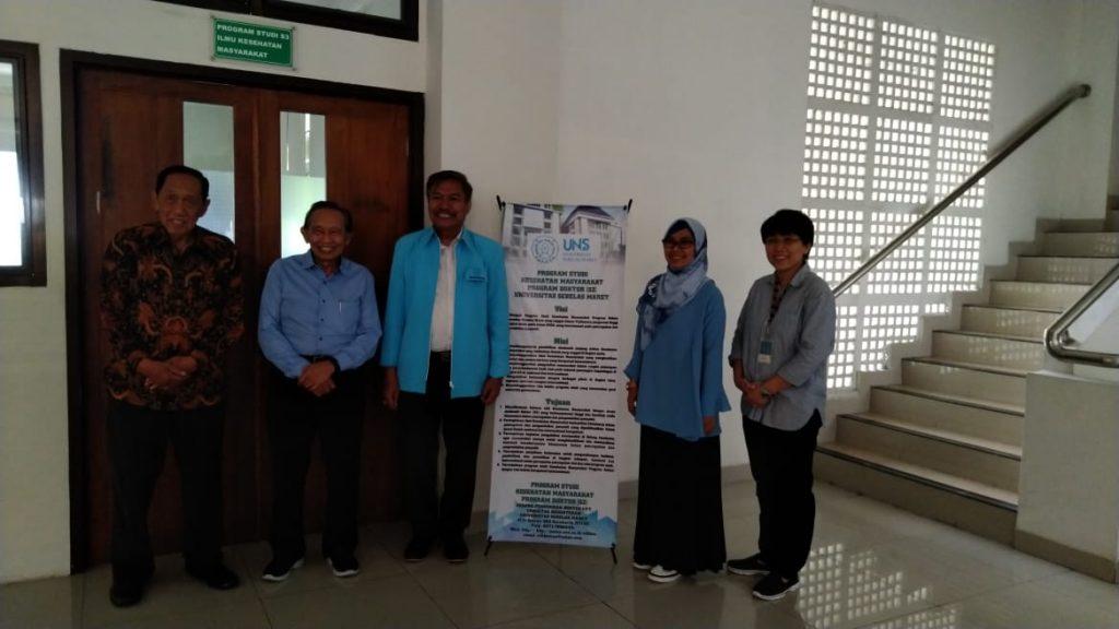 Ujian Seminar Kemajuan Riset dan Naskah Publikasi Mahasiswa S3 IKM UNS A.n Istar Yuliadi