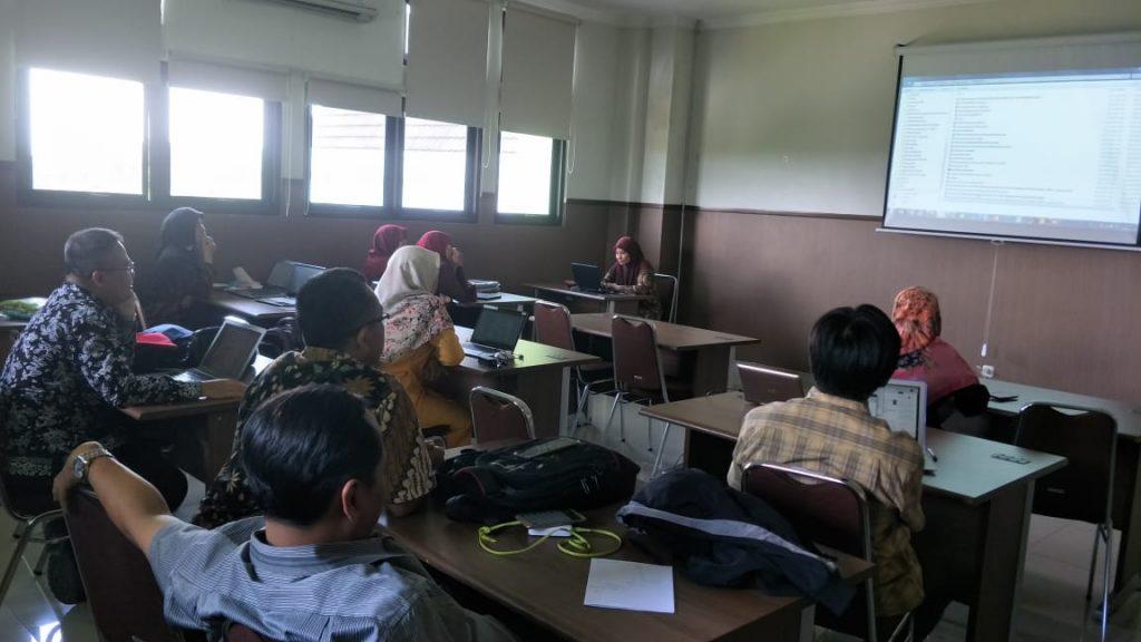 Kegiatan Diskusi Mahasiswa S3 IKM UNS dengan Tema Sistematik Review dan Meta Analisis