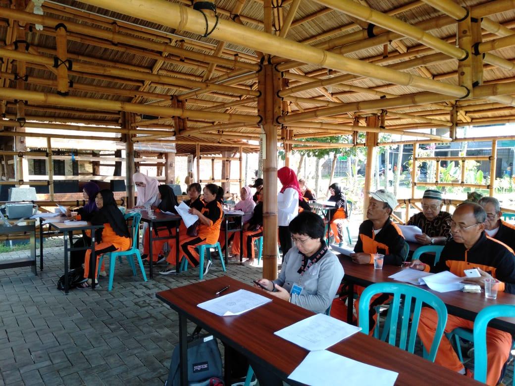 Kegiatan Penelitian Mahasiswa Program Doktor Kesehatan Masyarakat UNS a.n. Muhammad Husen Prabowo