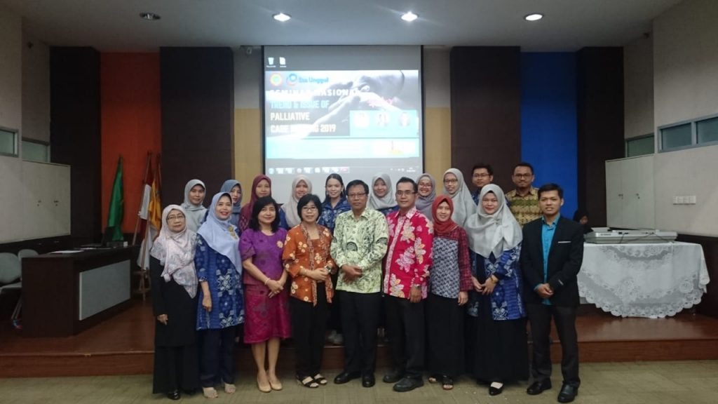 """Mahasiswa Program Doktor Kesehatan Masyarakat a.n. dr. Agus Hidayat, Sp.P menjadi narasumber dalam kegiatan Seminar Nasional """"Trend and Issue of Palliative Care Nursing 2019"""""""