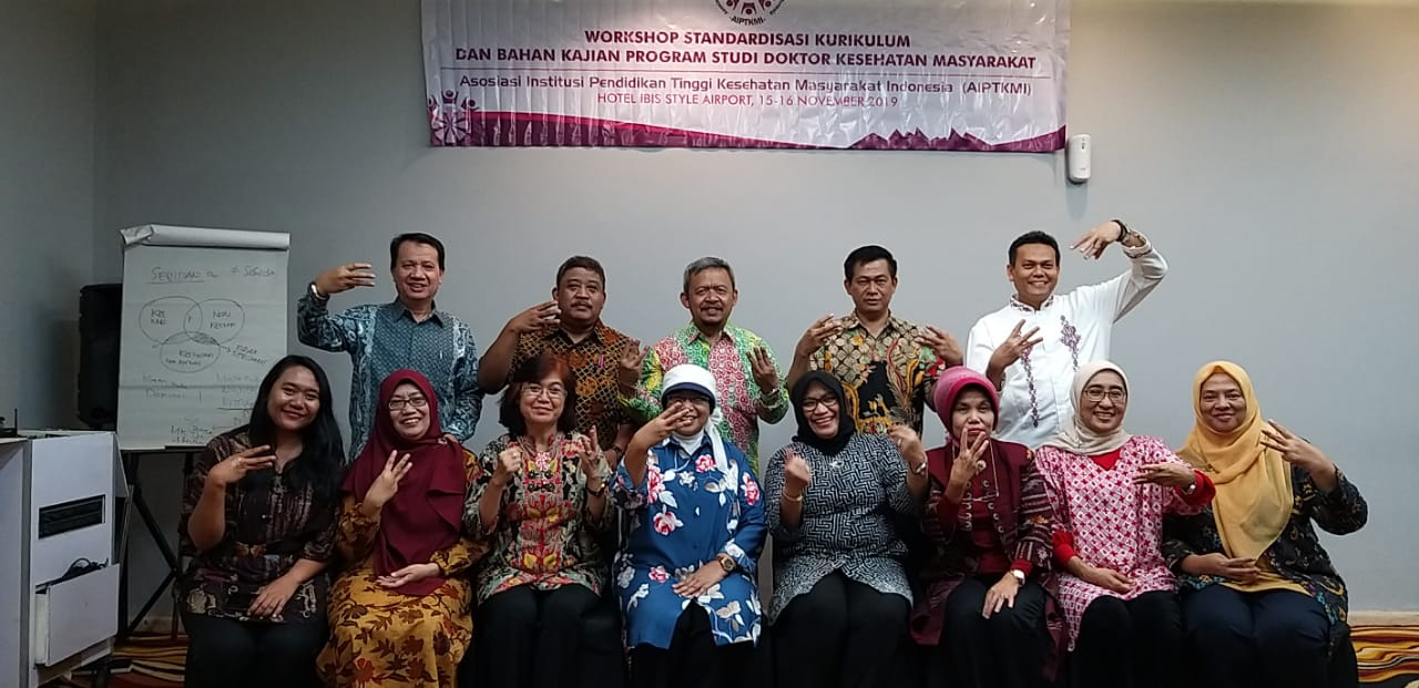Dosen S3 Kesehatan Masyarakat UNS Dr. Sumardiyono, SKM, M.Kes mengikuti Workshop Kurikulum S3 Kesehatan Masyarakat Indonesia