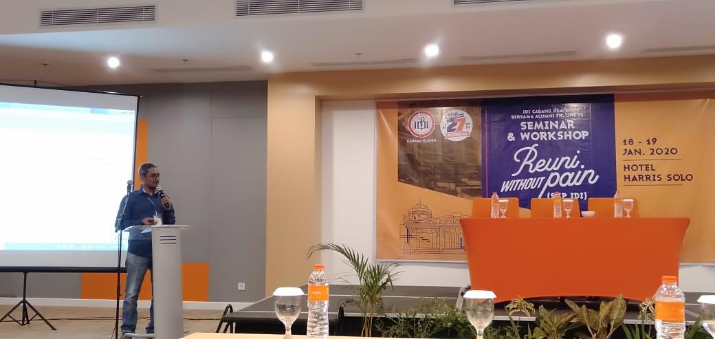 """Mahasiswa S3 Kesehatan Masyarakat UNS a.n. dr Muhammad Husen Prabowo MPH menjadi pembicara dalam Seminar dan Workshop """"Reuni Without Pain"""""""
