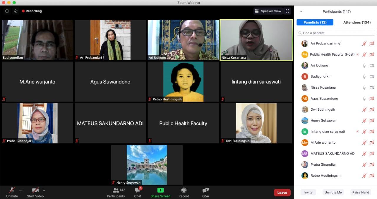 Kepala Program Studi S3 Kesehatan Masyarakat UNS Prof. Ari Probandari, dr, MPH, PhD menjadi narasumber kuliah tamu di Fakultas Kesehatan Masyarakat UNDIP